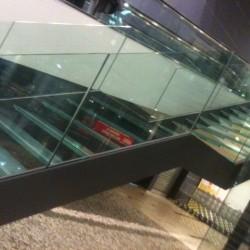 38.Balustrada cu geam