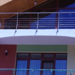 17. Balcony stainless steel handrail