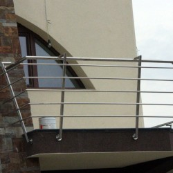 27. Balcony stainless steel handrail